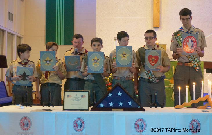 e8fe2368948368f14a06_a_The_Scouts_read_the__Trail_to_Eagle_.JPG