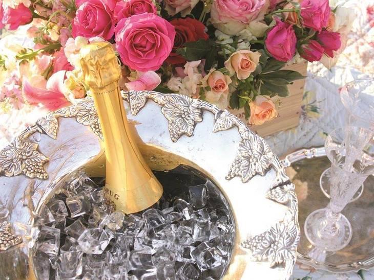 ebc6f9fd7082e3a809de_Champagne.jpg