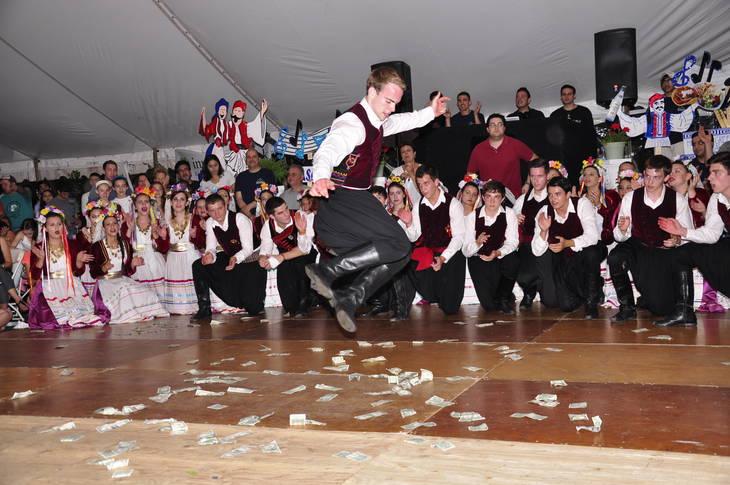 ebe0c8442ac258e0bed1_dancerjump.JPG