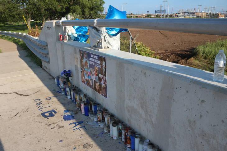 ed74382f41c46a9be121_memorial.JPG
