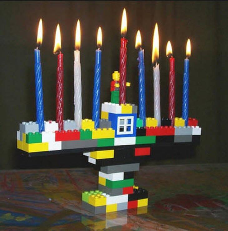 ee0b14bf2bd7039a012c_TS_Lego_Night.jpg