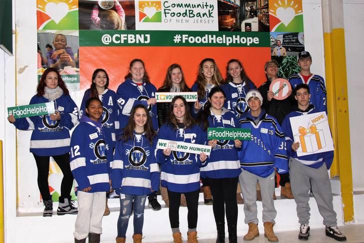 Westfield Hockey Teams Help the Hungry