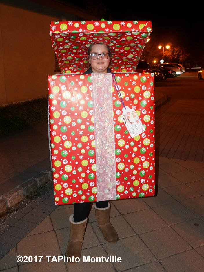 eea9bf2810b306b08535_a_Alexa_Helmke_has_been_coming_to_the_Towaco_Vol._Fire_Dept._Halloween_parade_since_she_was_an_infant__2017_TAPinto_Montville.JPG