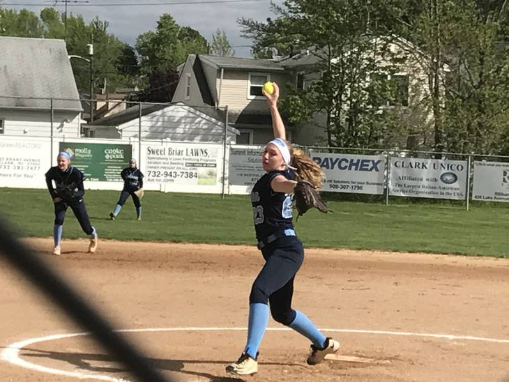 f2e43c611cb51e9be999_Johnson_Varsity_Softball_Senior_Day__7.JPG