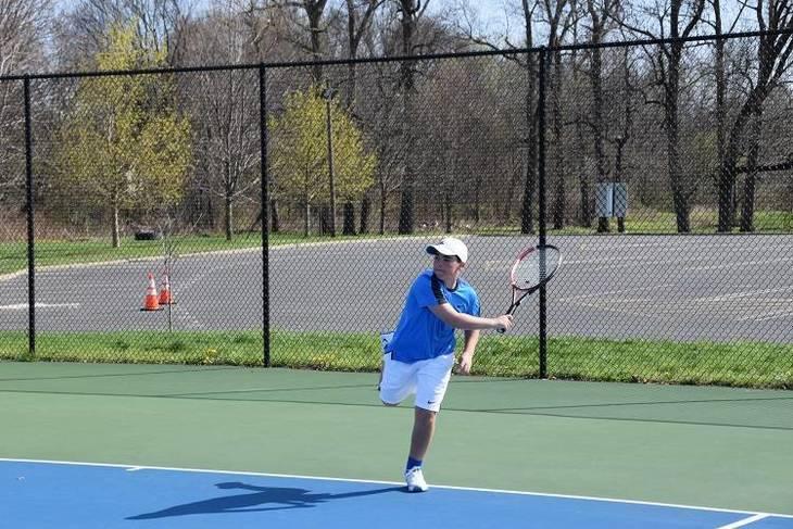 f2ef6a373fefbde49552_Tennis1.jpg