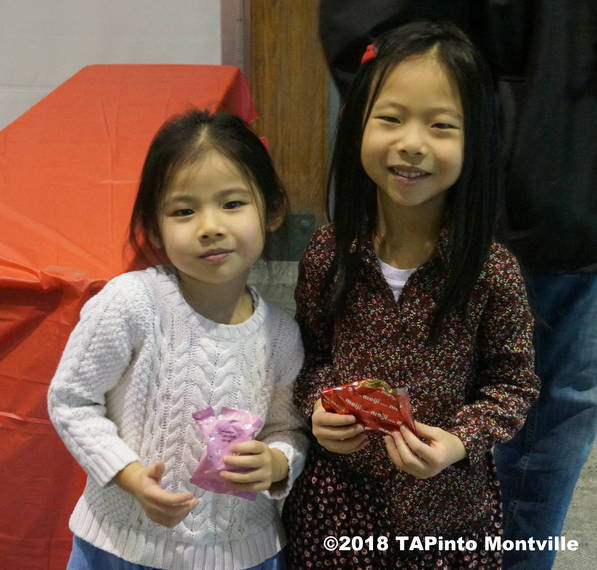 f331ad1ca5910985ebef_a_Residents_enjoy_snacks_at_the_Lunar_New_Year_at_the_Library__2018_TAPinto_Montville_2______.JPG