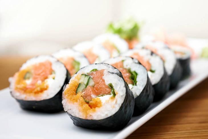 f33a564b5f90fc974aa0_paleo-sushi-1200x800_c.jpg