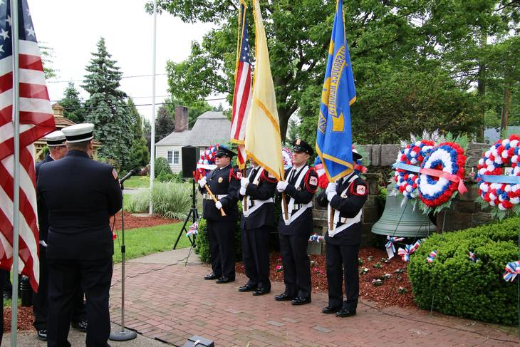 f4616445151ef1704d07_EDIT_fire_honor_guard_at_firemen_s_monument.jpg