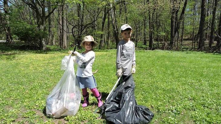 f67b82cc62df12cd5f33_ParkClean-up.jpg