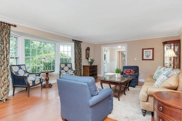 28 Ramsey Drive, Summit, NJ:$1,349,000