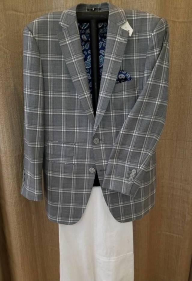 f7385cbdbdf5f454bdee_Bucco_Couture_-_Custom_shirts_-_Custom_suits_-_Grey_windowpane_sport_jacket_.jpg