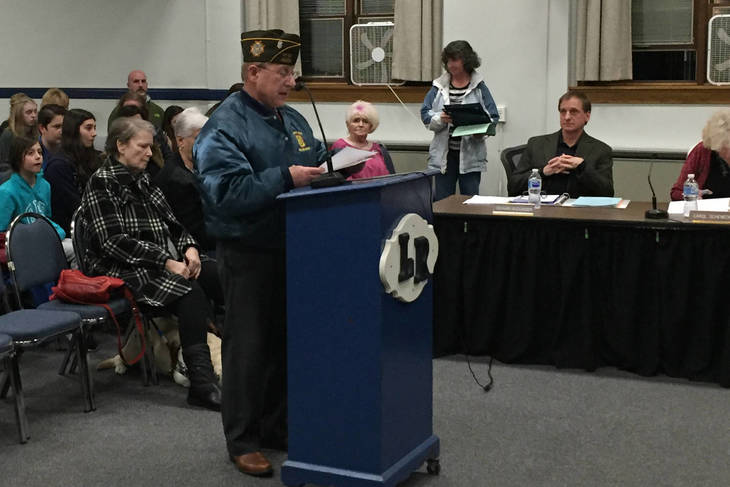f7489797e338b68b8489_f834adf3c913e8a20dcd_John_Lehnert_from_Kenvil_VFW_Congratulates_EMS_and_LRS_Students_on_Patriots_Pen_Essays.jpg