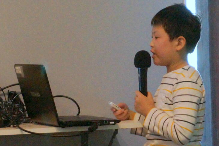 f78bf4c283ea153ed23d_a_Scipio_Han_speaks_about_Chinese_containers.JPG