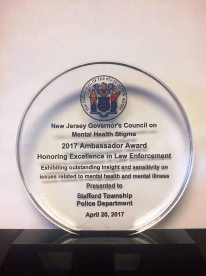 f841375d00077659f014_award_mental_health_2017.jpg