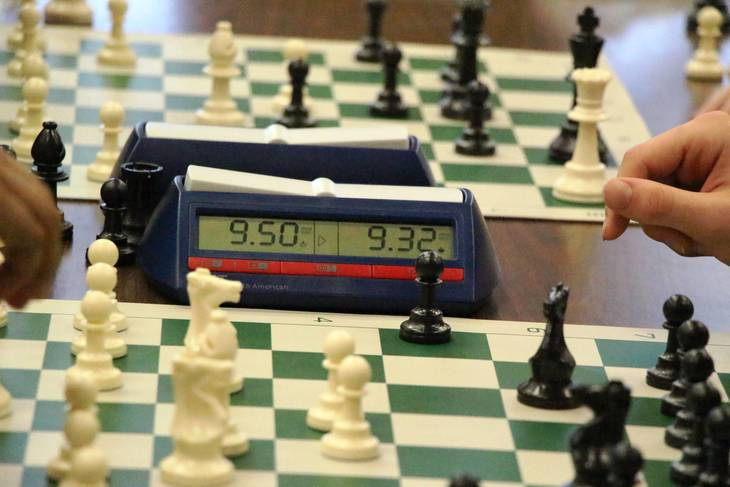 f8cdf05eb1481d25aea4_EDIT_chess_clock.jpg