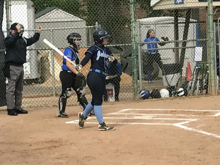 f95ec5b85c41472fdbe4_Johnson_Varsity_Softball_Senior_Day__6.JPG