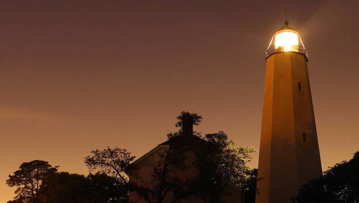 f99778dc95060a78591e_joe_lighthouse.jpg