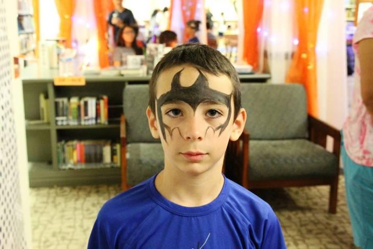 fa64caa864fa2e398324_EDIT_boy_Batman_face.jpg