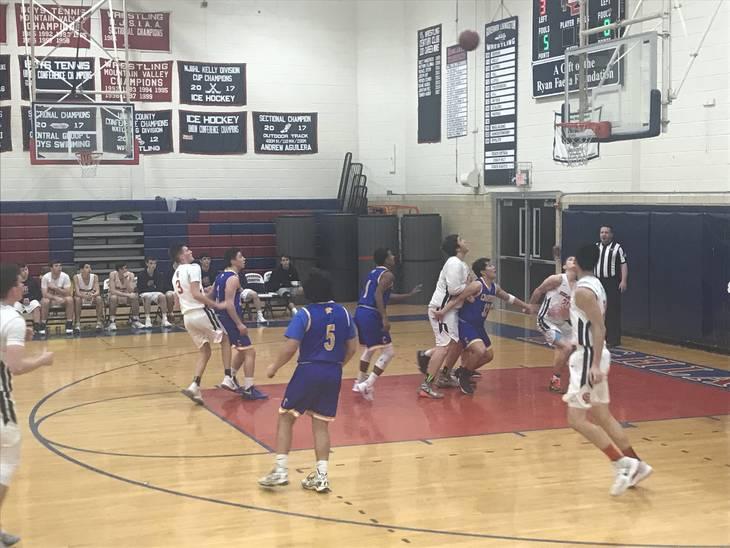 fae41821dcf2ab3cb81e_Gl_basketball_vs_cranford-60.jpg