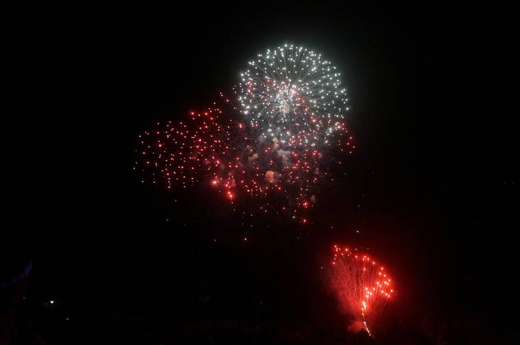 fb3baed441195d4d4c50_a_Fireworks_in_Montville_1.JPG
