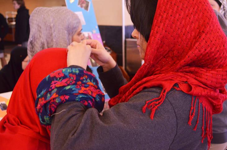 fca2eaba8d0ff09b99d3_Hijab_18.jpg