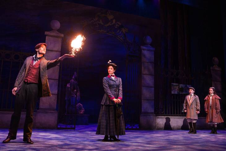 fea9e107a77002eae505_Mary_Poppins_Paper_Mill_Photo_8.jpg
