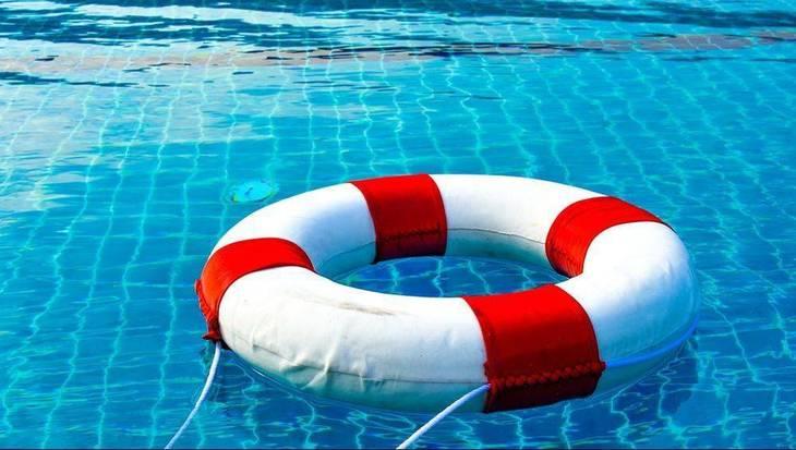 feab3906efa3cc50bbee_pool-safety.jpg