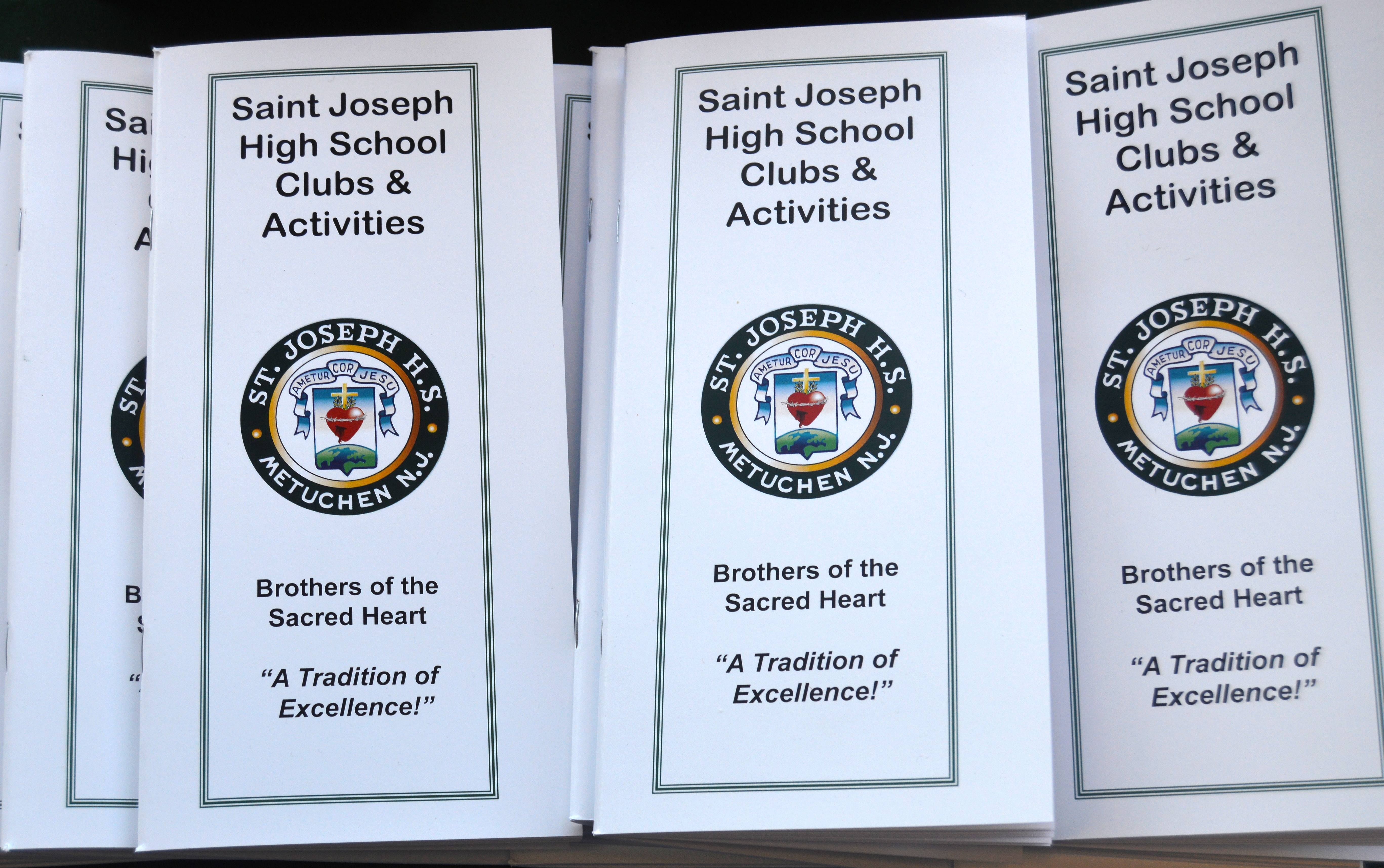 d027e8684c60519f4190_Clubs_and_Activities_brochures_10-18-15.JPG
