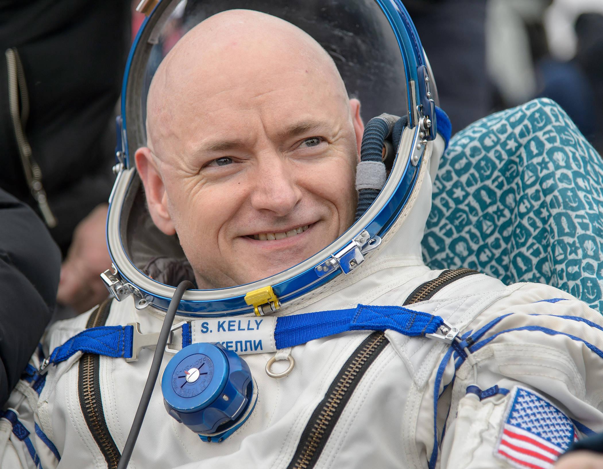 dc270747b4caa81e4cda_HIGH_RES_Scott_Kelly_author_photo_CREDIT_NASA.Bill_Ingalls.jpg