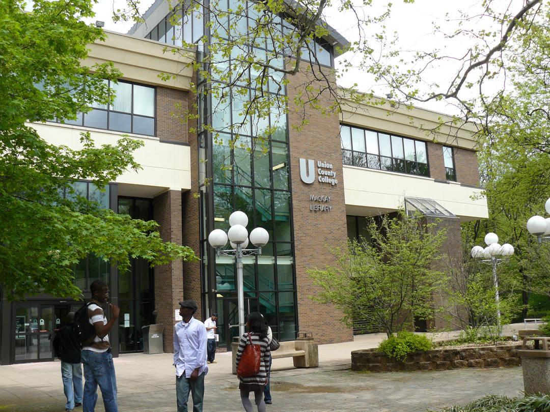 df315a47255c7f100f11_Union_County_College.jpg