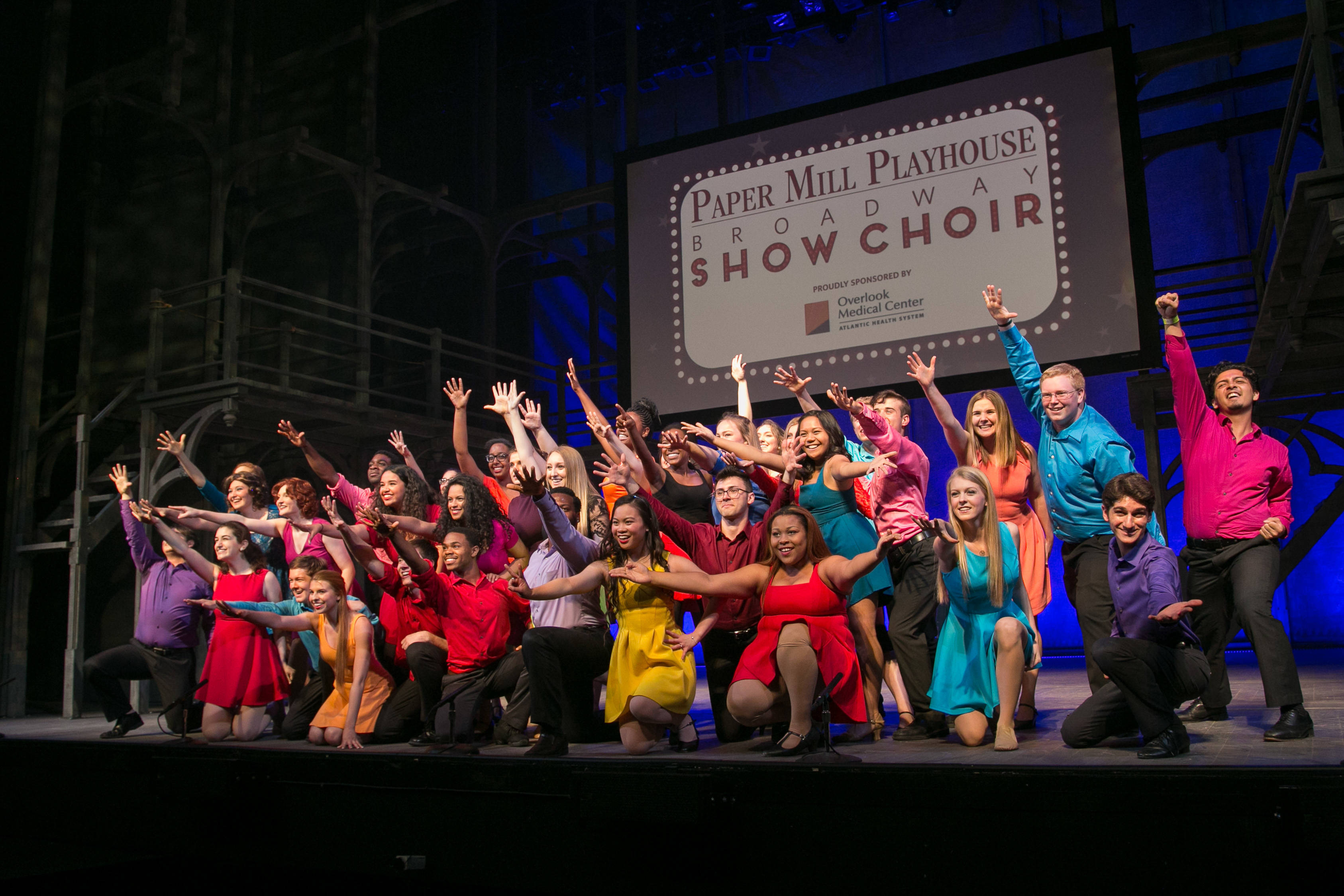 e28a785ed115544bfe96_PMP_Show_Choir.jpg