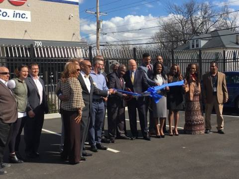 e453591c5b972dff93d3_ABC_Supply_Ribbon_Cutting.jpg