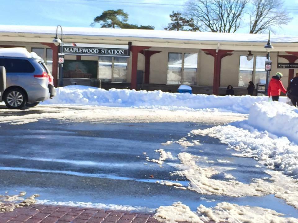 e590627ea32c42831c0a_7fcf47c52ab31b6e294c_Maplewood_station_in_snow.jpg