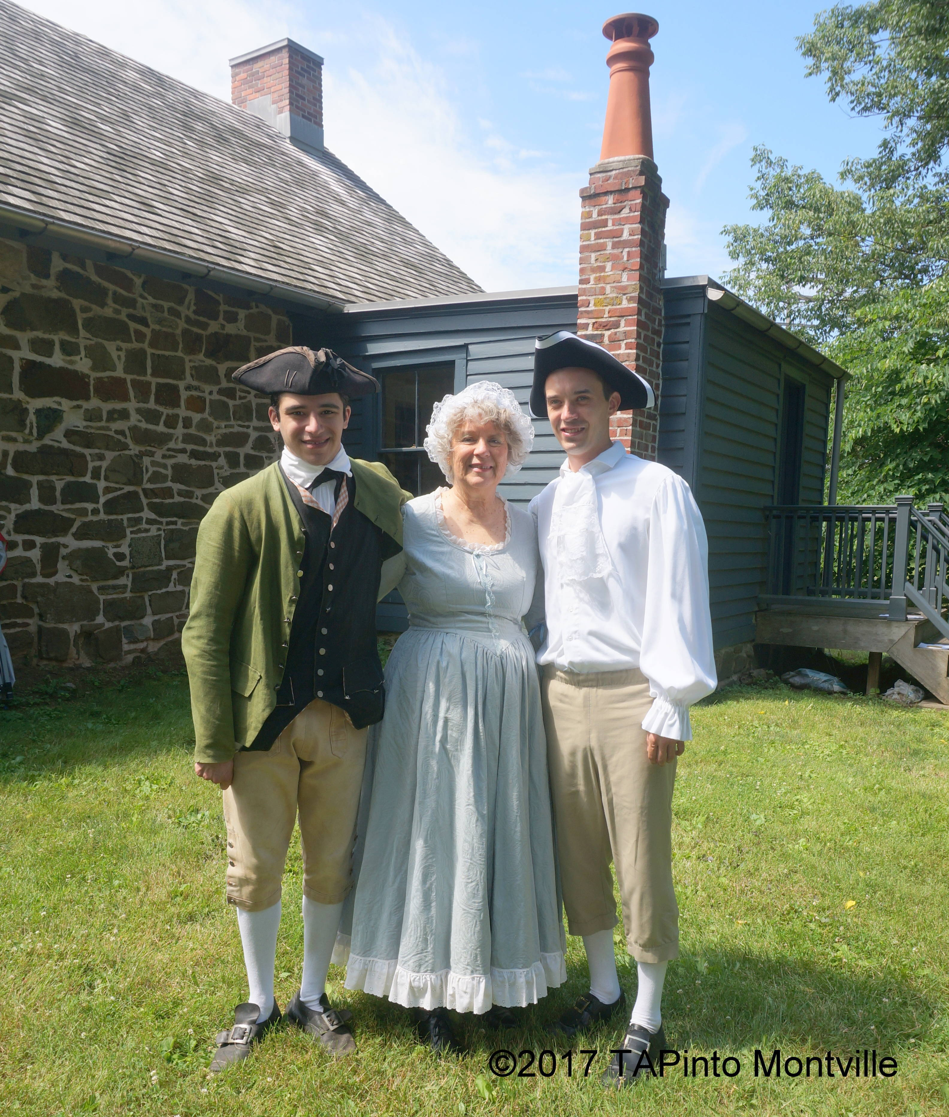 eadabce48080d419b49a_a_Alex_Pena__Geri_Van_Dyke_and_Hank_Lyon_stand_behind_the_Doremus_House.JPG