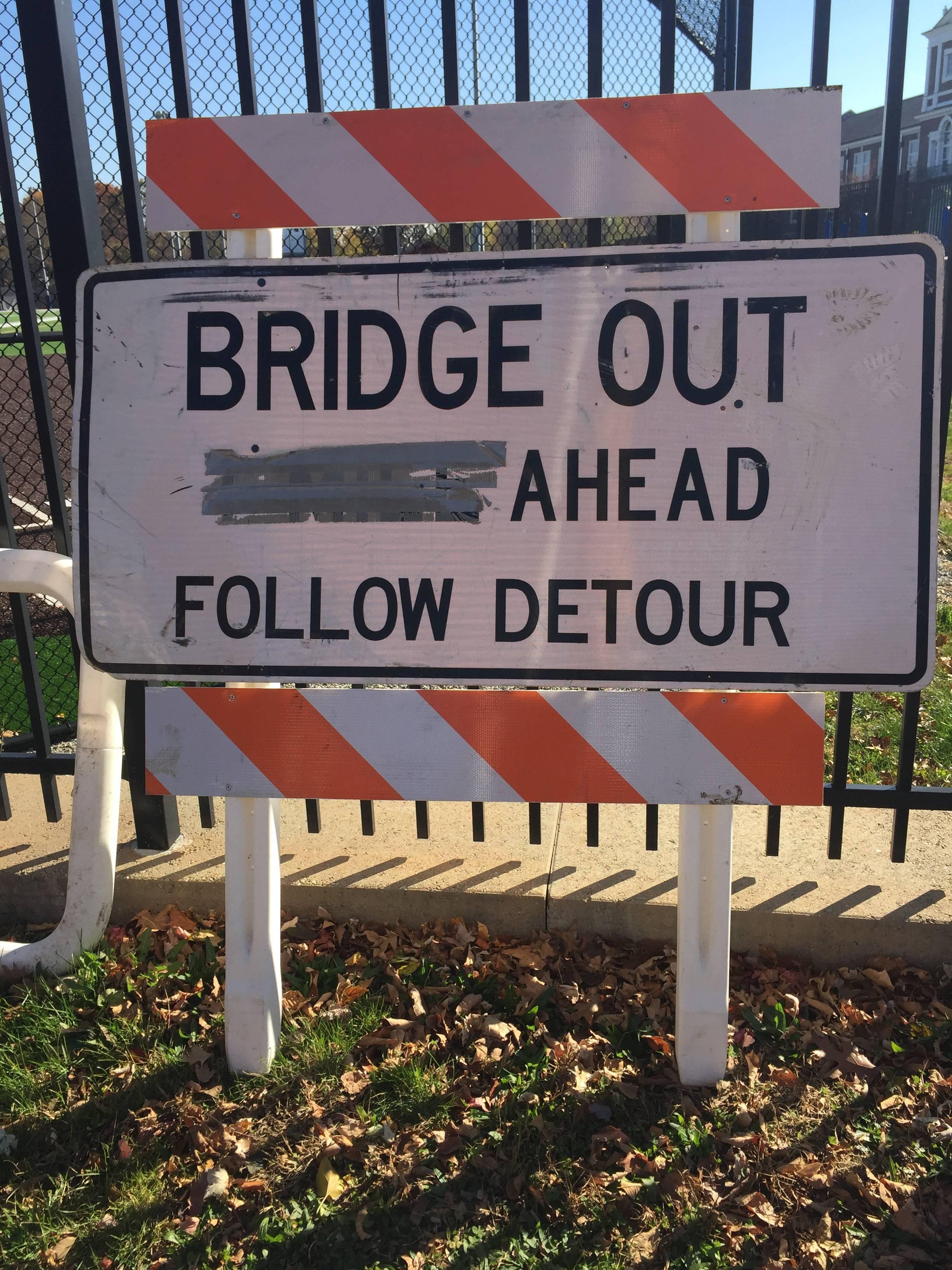ebd196c57b53d08d2606_Bridgeout_sign.jpg