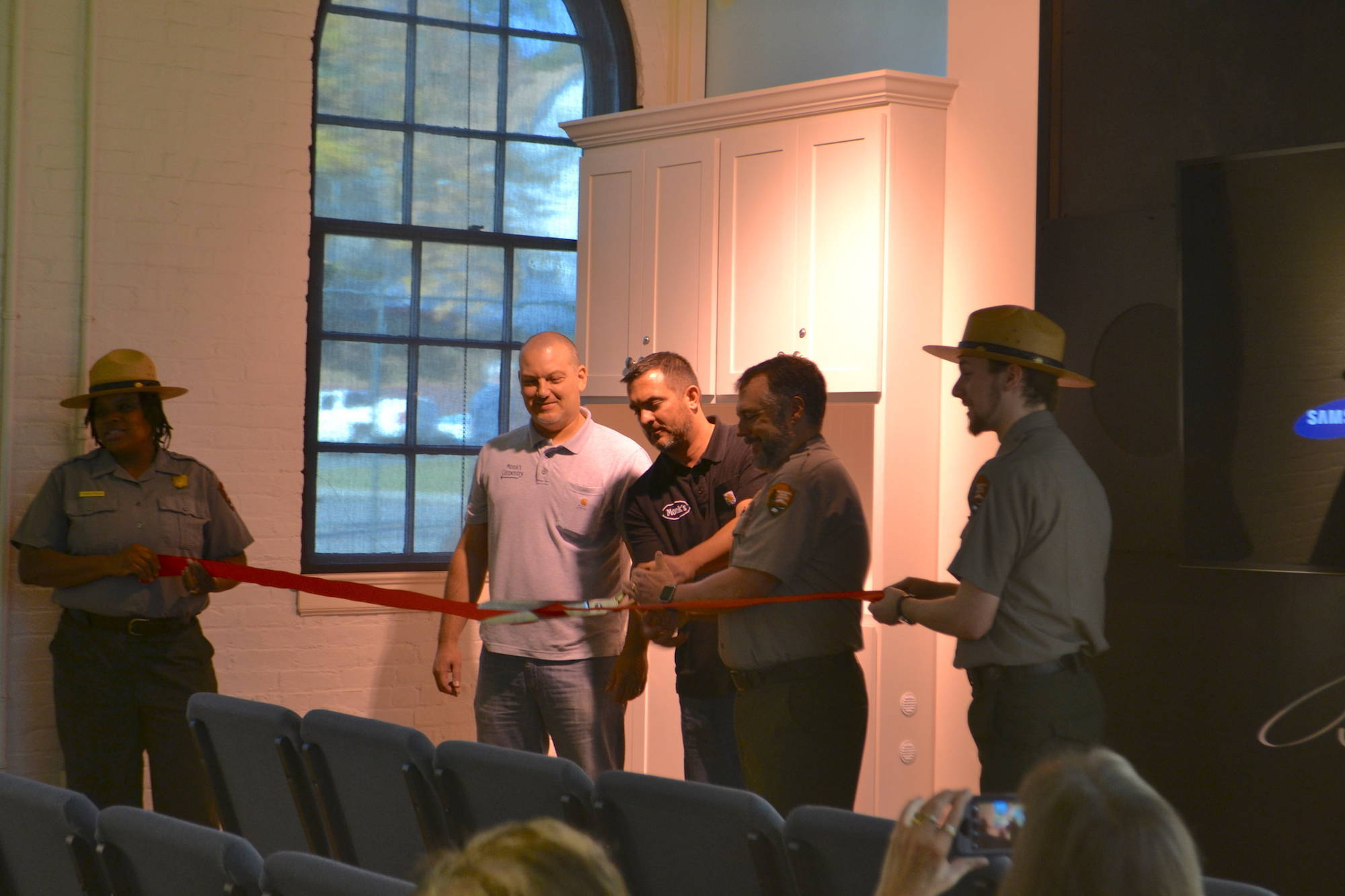 f0bb80487375a0c411ab_Trevor_Cutting_Ribbon.JPG
