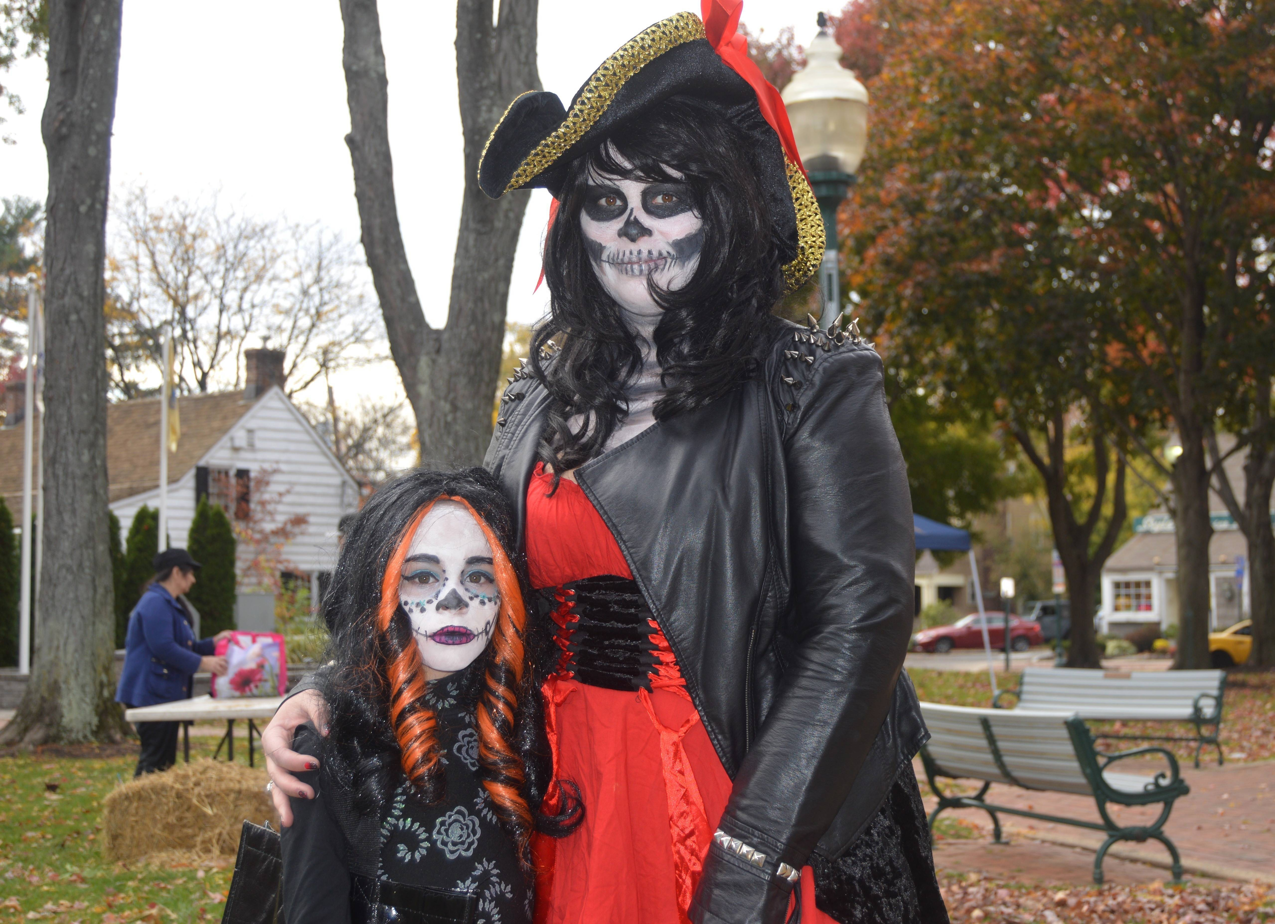 f148d57c263a0871c2d1_Trunk_or_Treat_--_Skeletons.JPG