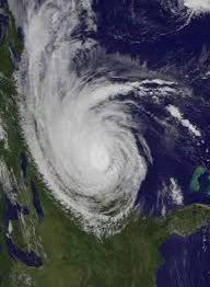 f3734b4a861b88133b06_28006a37c2324a0834e2_c44b726ef165deb45092_3c727ad8fd173f1361c0_hurricane.jpg