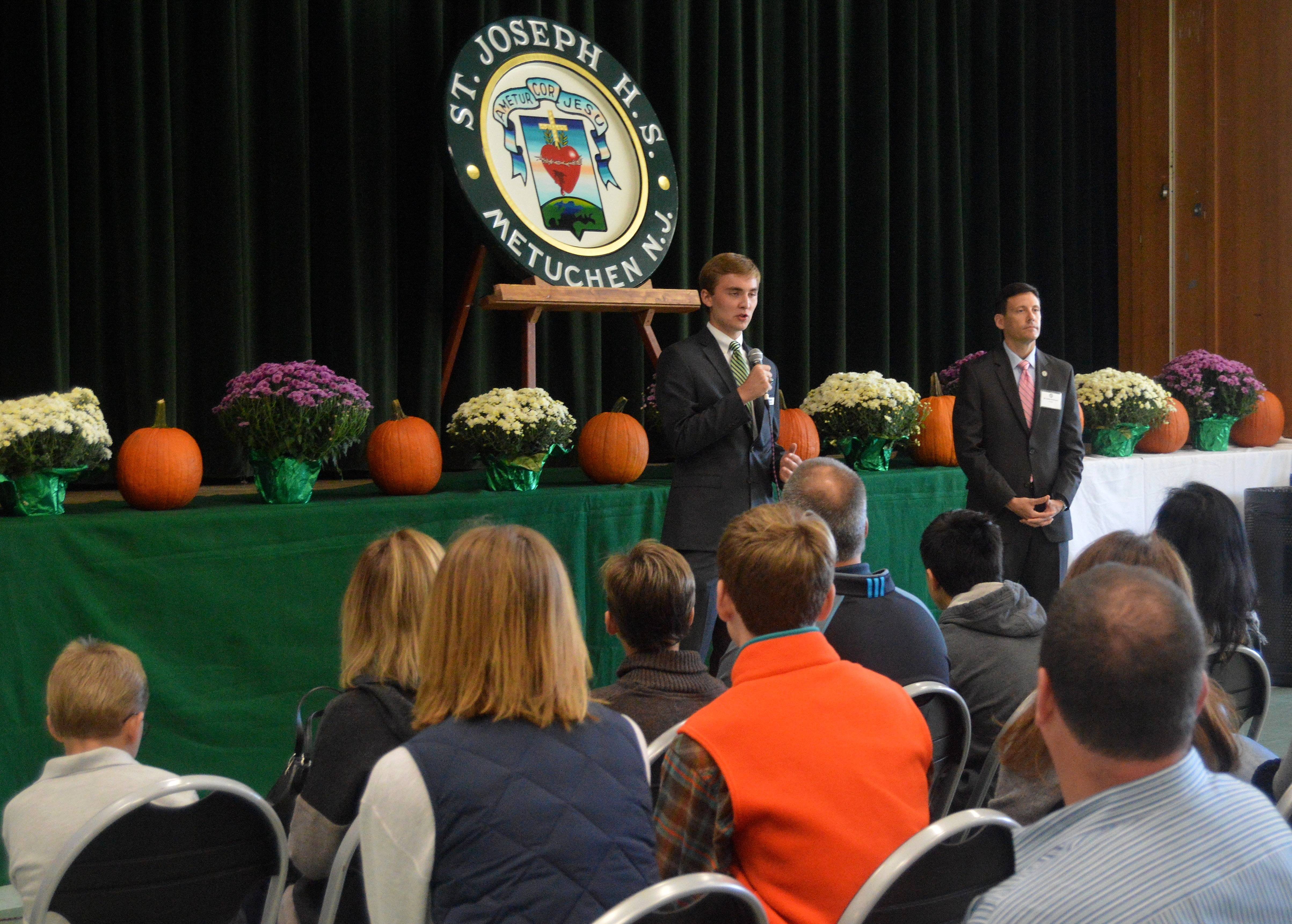 f40a249a3d0d36b06680_Anthony_Colucci_addresses_crowd_at_Open_House10-18-15.JPG