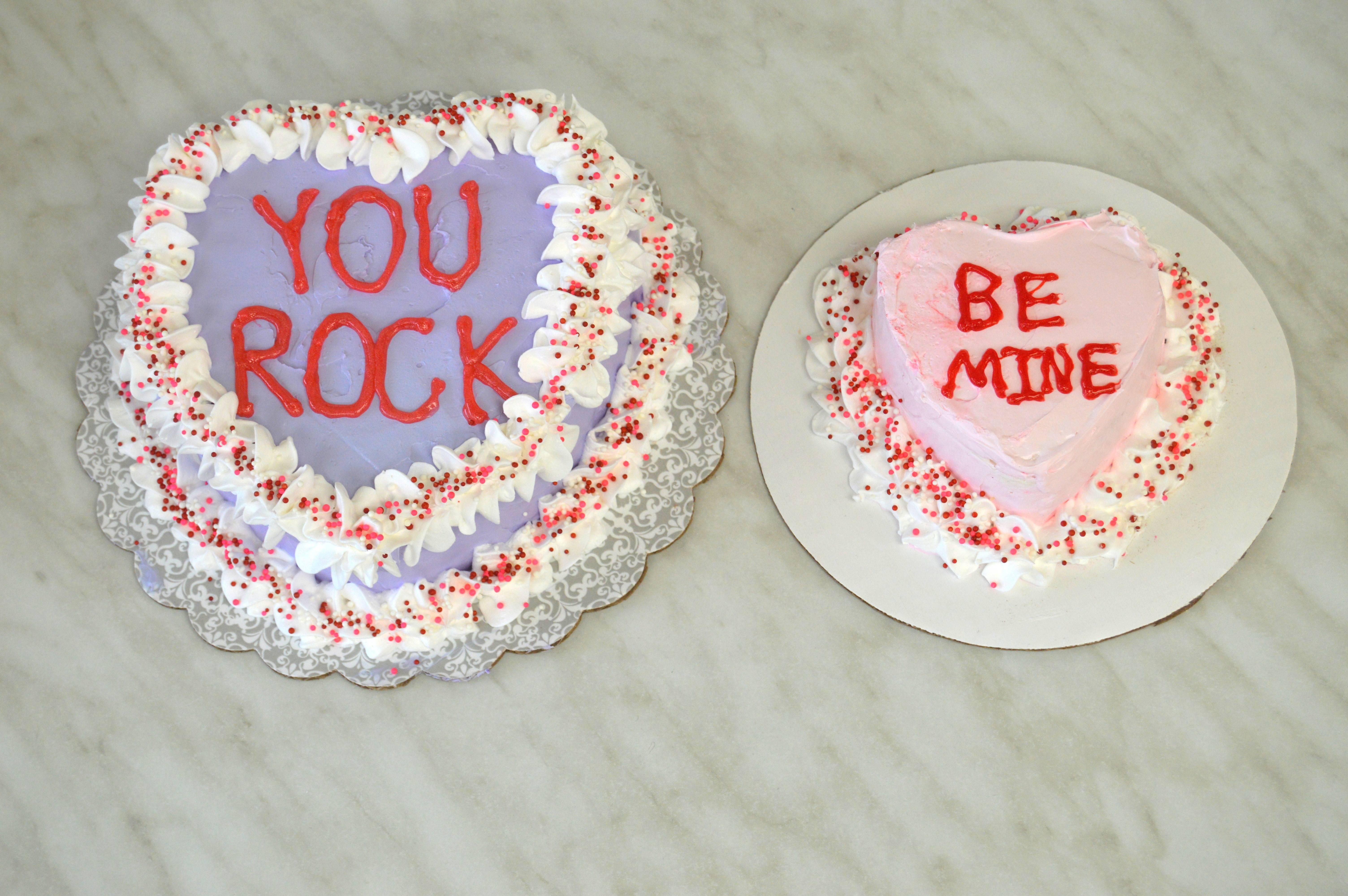 f420d776da25aae96a74_Valentine_s_Day_cakes.JPG