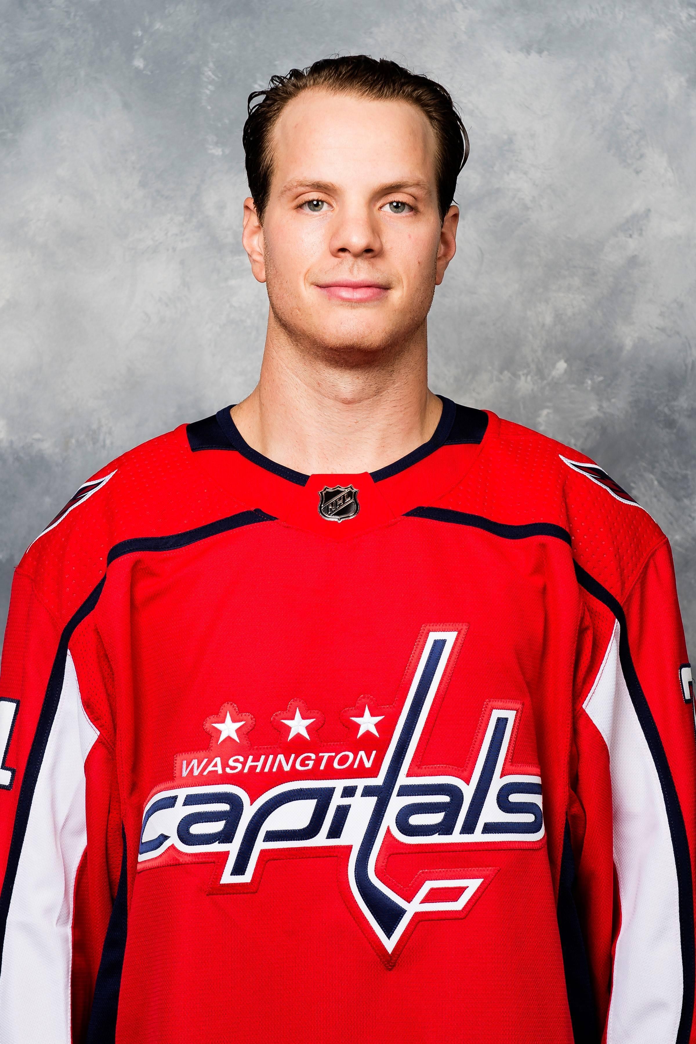 f5af34999a5a3e6d8d55_Carlson_NHL_pic.jpg