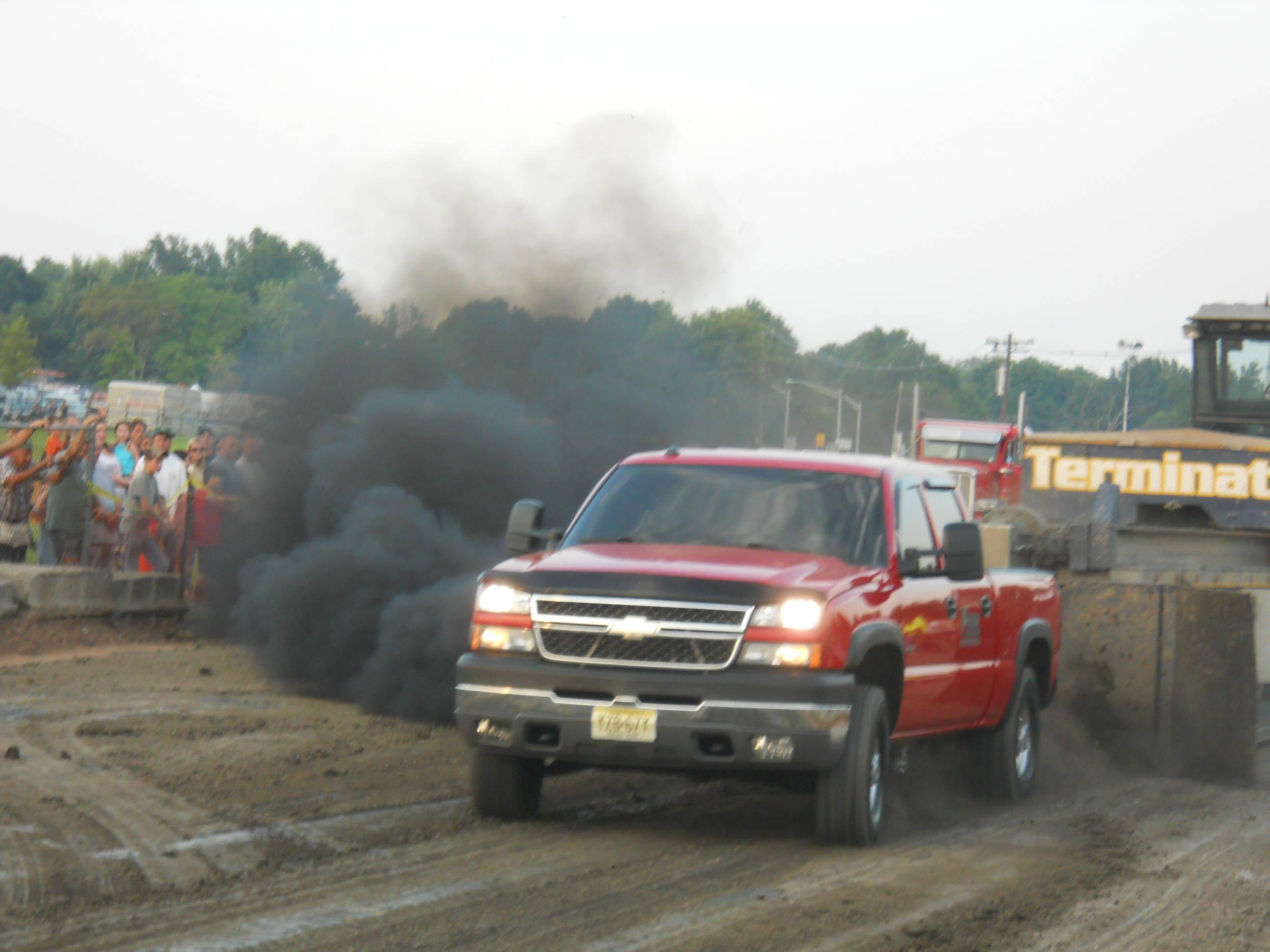 f68b267424f93be40e69_red_pickup_smoke_Fair_2013.jpg