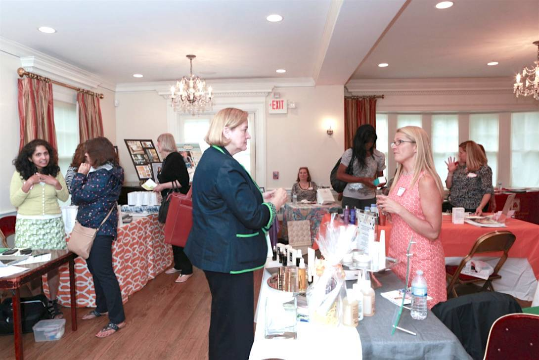 Fifth annual b i g expo set for june 8 women for Kitchen set expo
