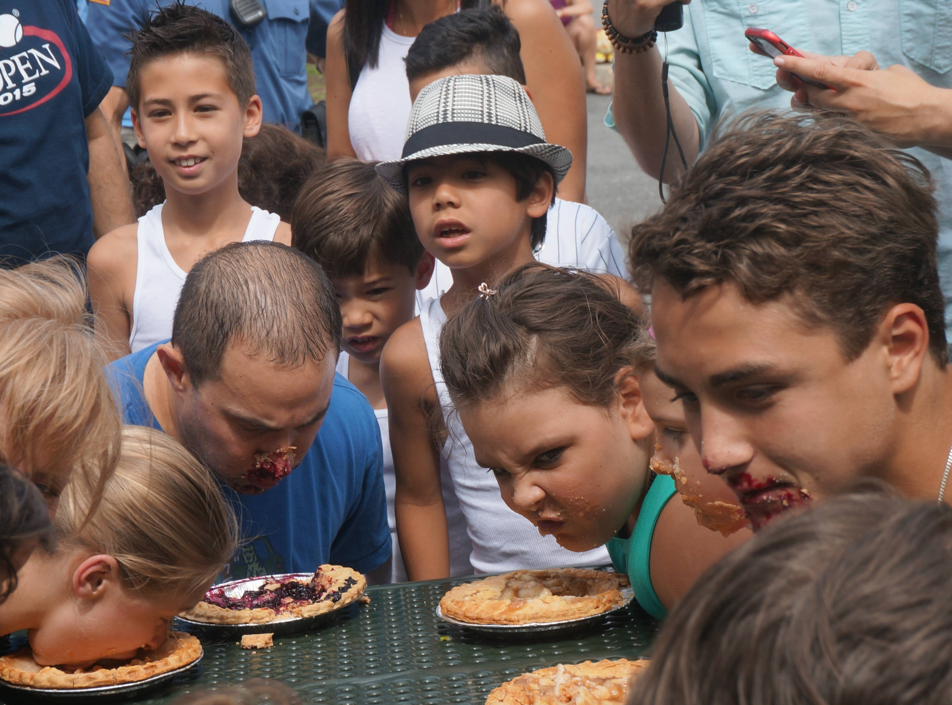 fedff7211abb3af758a2_a_Pie-eating_contest_3.JPG