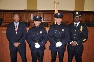 ff3498a208954d6e0610_New_Officers_and_mayor_and_chief.jpg