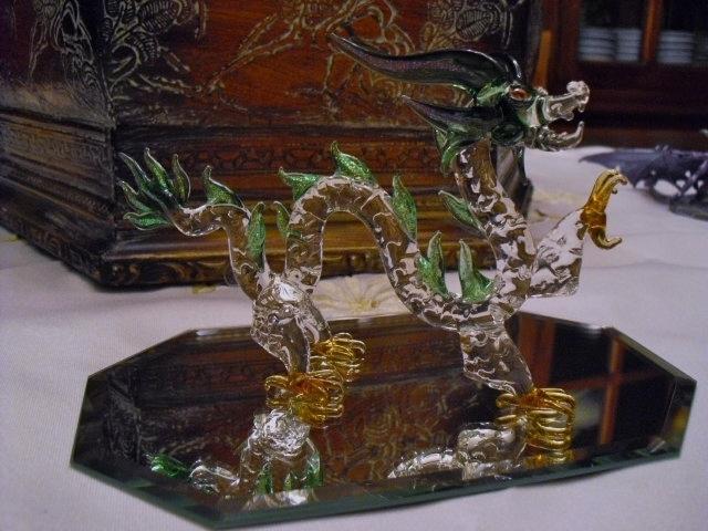 4b0a269856b91af11104_Dragon-blown_glass.jpg