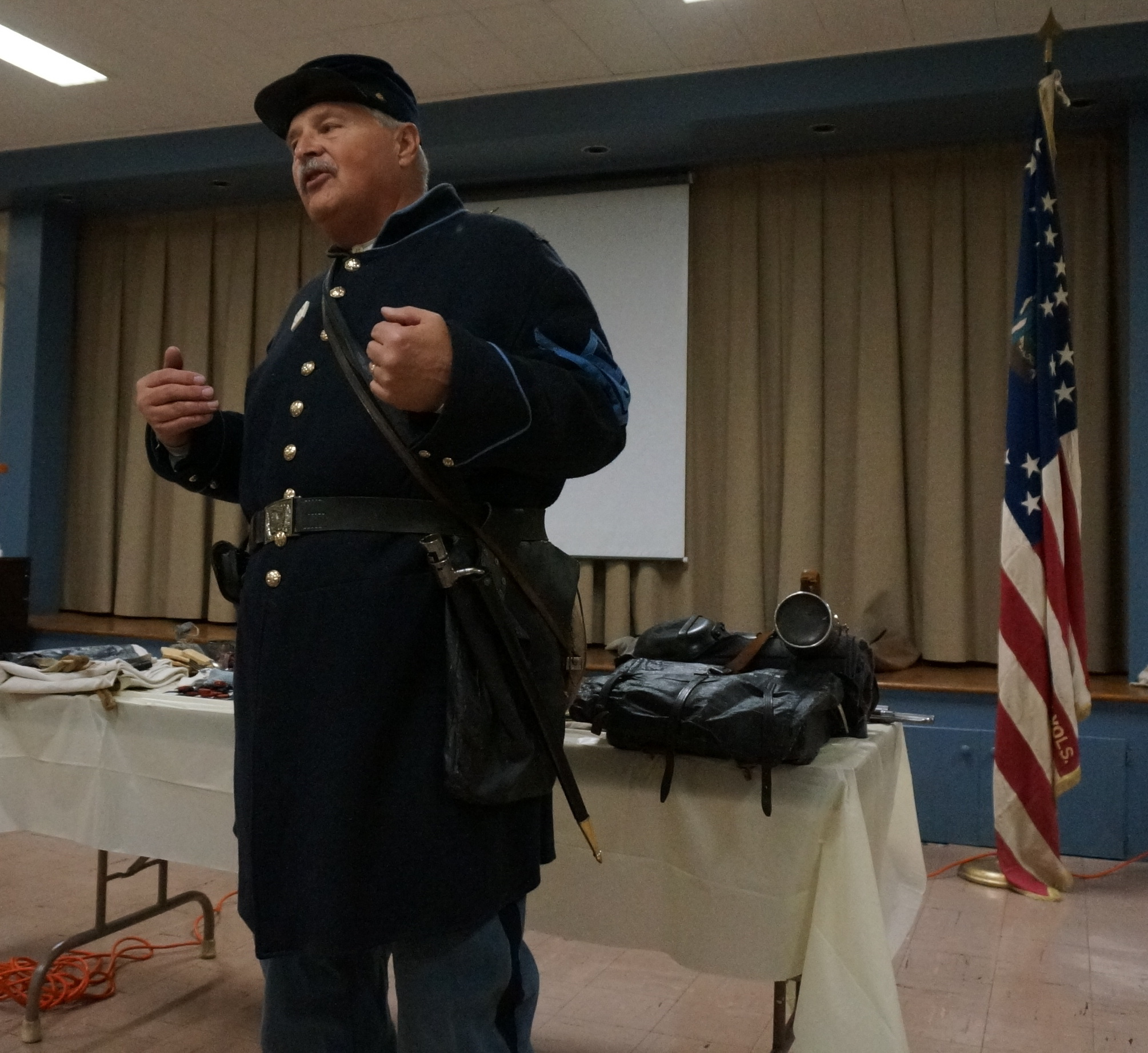 2ed1cec88f3997657806_best_Boy_Scout_Troop_meeting_re-enactor_042.JPG