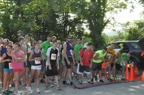 Runners ready to go.
