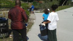 Carousel_image_ded2986800c04f26b742_great_falls_clean_up_volunteers