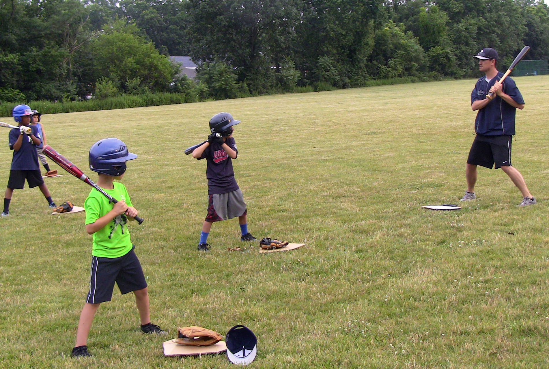 8fcce99bf80439182885_2014_Summer_Clinic_-_Kania_bat_instruction_7-9-14.jpg